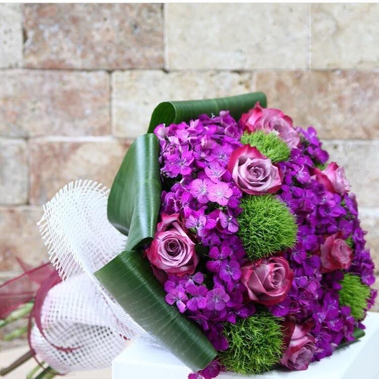 İthal Gül ve Mevsim Çiçeklerinden Buket
